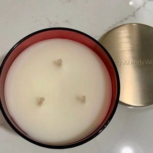 Bath & Body Works Accents - B&BW Frosted Cranberry Candle